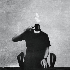 Self-portrait with a mug, fot. Michał Koralewski